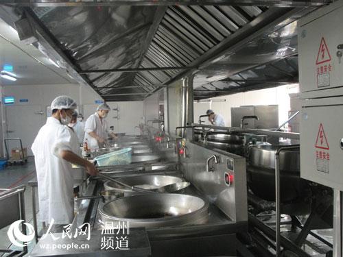 """从鹿城的""""中央厨房""""看不锈钢夹层锅的行业应用"""