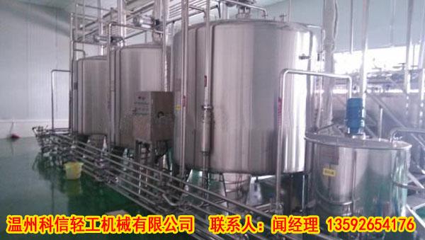 """不锈钢搅拌罐与单层浆式搅拌罐结构配置大""""PK"""""""